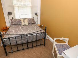 Apartment 3 - South Wales - 969559 - thumbnail photo 10