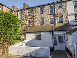 K&S Apartment - North Wales - 969569 - thumbnail photo 2
