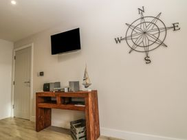 Captain's Quarters - Apartment 2 - Anglesey - 969581 - thumbnail photo 4