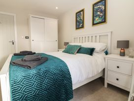 Captain's Quarters - Apartment 2 - Anglesey - 969581 - thumbnail photo 8