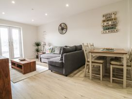 Captain's Quarters - Apartment 2 - Anglesey - 969581 - thumbnail photo 5
