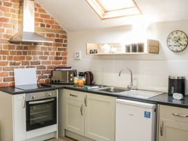 Orchard cottage - Mid Wales - 969925 - thumbnail photo 6