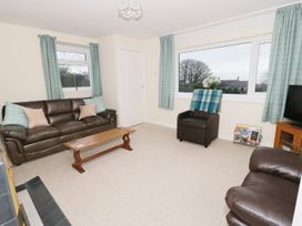 Gwnus Bungalow - Anglesey - 969943 - thumbnail photo 3