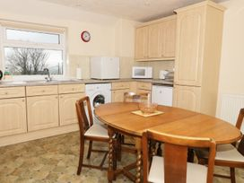 Gwnus Bungalow - Anglesey - 969943 - thumbnail photo 5