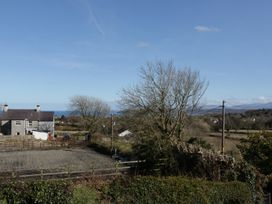 Gwnus Bungalow - Anglesey - 969943 - thumbnail photo 16