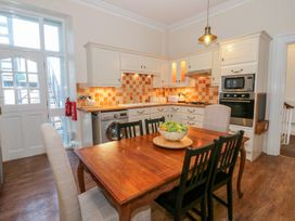 The Meadowsweet Apartment - North Wales - 970664 - thumbnail photo 9