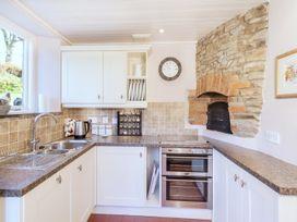 2 Bittadon Cottages - Devon - 970704 - thumbnail photo 8