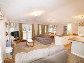 2 Haveringland Hall Holiday Lodge Park - Norfolk - 971037 - thumbnail photo 4
