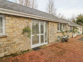 3 bedroom Cottage for rent in Cowbridge
