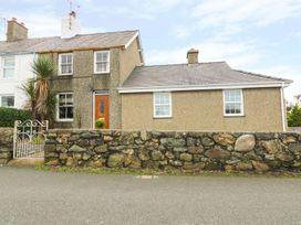 Bryn Lleuddad - North Wales - 971542 - thumbnail photo 1