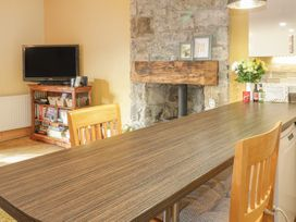 Castle Apartment - North Wales - 971546 - thumbnail photo 11