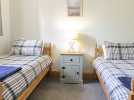 Cyffdy Cottage - Arenig - North Wales - 971763 - thumbnail photo 11