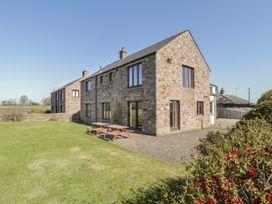 5 bedroom Cottage for rent in Great Strickland