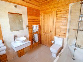 Yew Lodge - Lincolnshire - 972993 - thumbnail photo 19