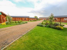 Yew Lodge - Lincolnshire - 972993 - thumbnail photo 37