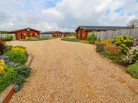 Willow Lodge - Lincolnshire - 972994 - thumbnail photo 32