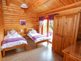 Willow Lodge - Lincolnshire - 972994 - thumbnail photo 12