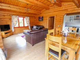 Willow Lodge - Lincolnshire - 972994 - thumbnail photo 5