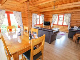 Willow Lodge - Lincolnshire - 972994 - thumbnail photo 7