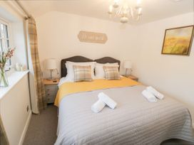 Daisy Cottage - Whitby & North Yorkshire - 973574 - thumbnail photo 15