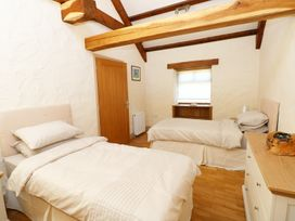 Stable Cottage - South Wales - 973755 - thumbnail photo 6