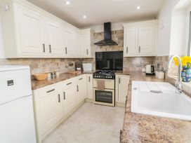 Rhos Cottage - Anglesey - 973870 - thumbnail photo 9