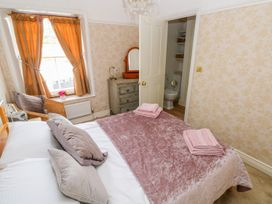 Castle School House - South Wales - 973874 - thumbnail photo 15