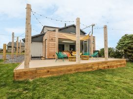 Forest Lodge - Anglesey - 974110 - thumbnail photo 2