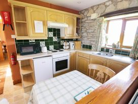 Rose Cottage - Whitby & North Yorkshire - 974385 - thumbnail photo 6