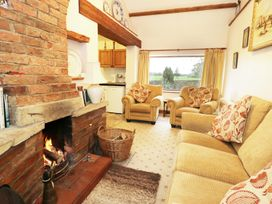 Meadow Cottage - Whitby & North Yorkshire - 974387 - thumbnail photo 2