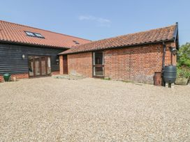 The Stables - Suffolk & Essex - 974602 - thumbnail photo 2