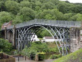 Wash House Cottage - Shropshire - 974761 - thumbnail photo 23