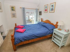 Blue Damson - South Wales - 974948 - thumbnail photo 23