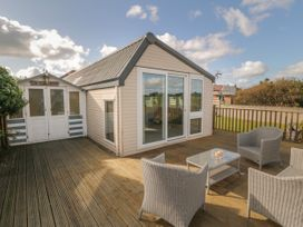 Coed Llai Lodge - Anglesey - 975033 - thumbnail photo 14