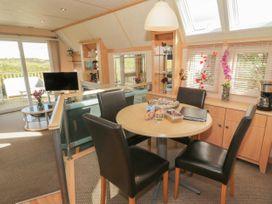 Coed Llai Lodge - Anglesey - 975033 - thumbnail photo 4