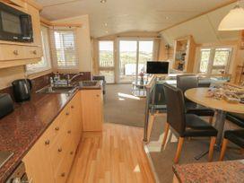 Coed Llai Lodge - Anglesey - 975033 - thumbnail photo 5