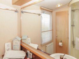 Coed Llai Lodge - Anglesey - 975033 - thumbnail photo 12
