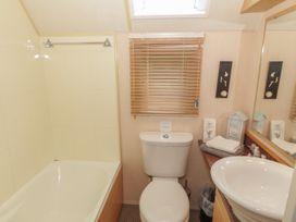 Coed Llai Lodge - Anglesey - 975033 - thumbnail photo 13
