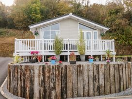 Lodge 66 - South Wales - 975043 - thumbnail photo 15