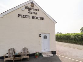 Butchers Arms Cottage - North Wales - 975075 - thumbnail photo 2