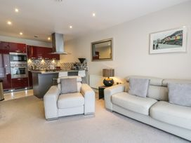 Scarborough Apartments - One Bed - Whitby & North Yorkshire - 975360 - thumbnail photo 4