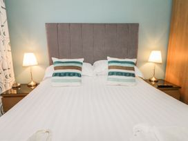 Scarborough Apartments - One Bed - Whitby & North Yorkshire - 975360 - thumbnail photo 8