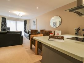 Scarborough Apartments - Two Bed (1) - Whitby & North Yorkshire - 975361 - thumbnail photo 6
