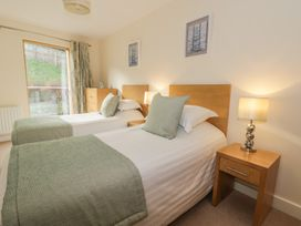 Scarborough Apartments - Two Bed (1) - Whitby & North Yorkshire - 975361 - thumbnail photo 9
