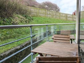 Scarborough Apartments - Two Bed (2) - Whitby & North Yorkshire - 975362 - thumbnail photo 12