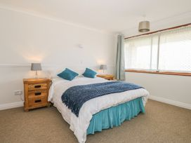 Hengist Beach House - Dorset - 975381 - thumbnail photo 18