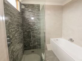 Hengist Beach House - Dorset - 975381 - thumbnail photo 25