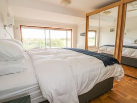 Hengist Beach House - Dorset - 975381 - thumbnail photo 27