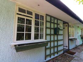 Honeysuckle Cottage - Mid Wales - 975520 - thumbnail photo 2