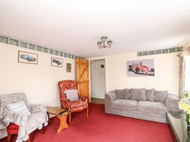 The Old Farm Cottage - Lincolnshire - 975628 - thumbnail photo 3